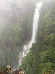 Aus falls